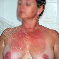 Nude Wife In Spa Again!