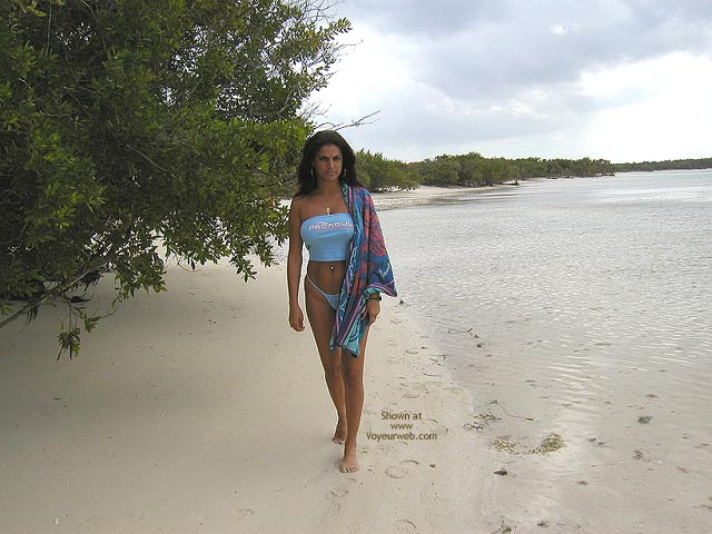 Pic #1 Vanessa Lonely Beach
