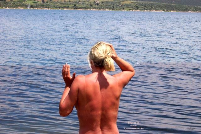 Pic #1 Dia En El Lago