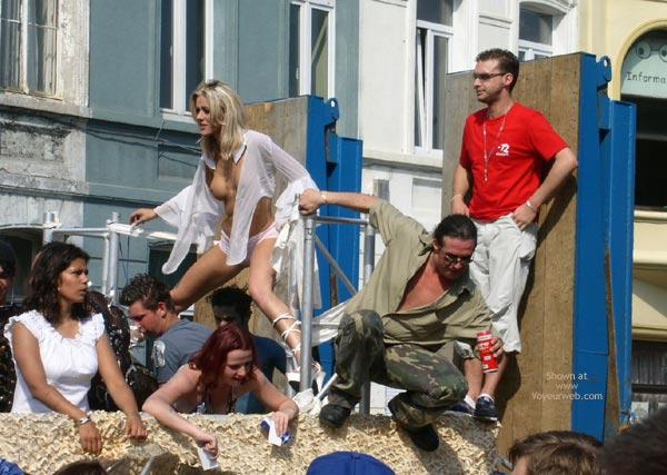 Pic #1City Parade 2003