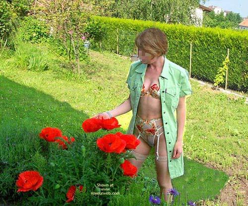 Pic #1 Fs*Julie Hsavoie In Her Garden