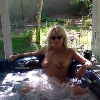 Hot Tub Wife