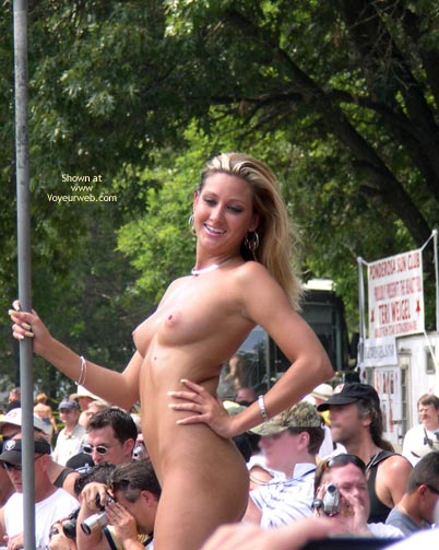Pic #1Nudes A Poppin July 2003