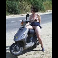 Trish, Hols in Greece