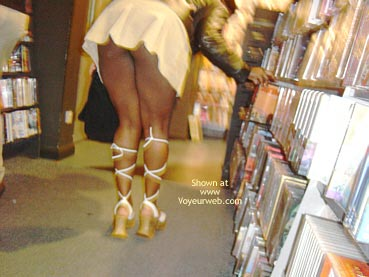 Pic #1 Camden Girl Shops Till She Drops