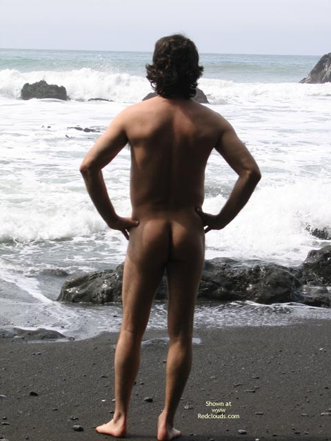 Pic #1M* Norcal Man on The Beach