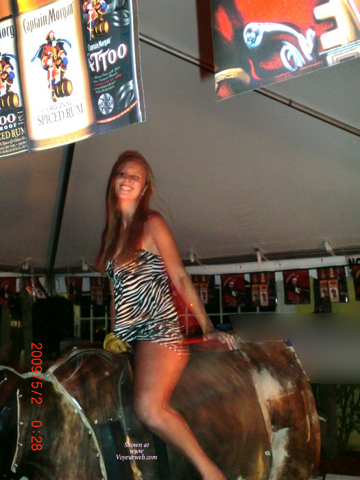 Pic #1Girls On The Bull 2