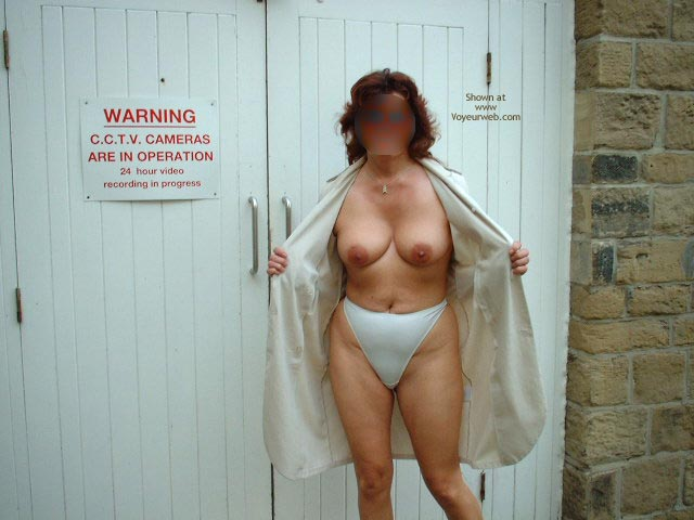 Pic #1 Sue Flashing In Huddersfield Uk