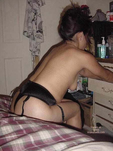 Pic #1 Latina in Black