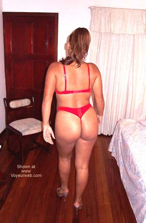 Pic #1 Noella in Red