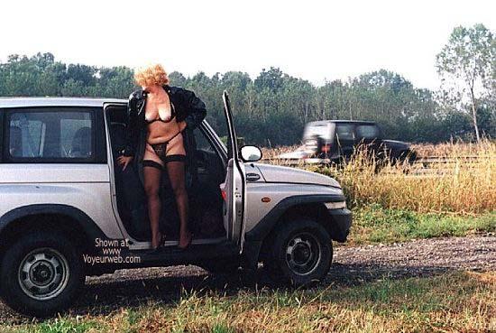 Pic #1 Caty in Autostrada