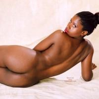 Studio Nude - Artistic Nude, Looking Over Shoulder, Nude Amateur , Studio Nude, Looking Over Shoulder, Rear View Nude, Ebony Princess, Ebony Artistic