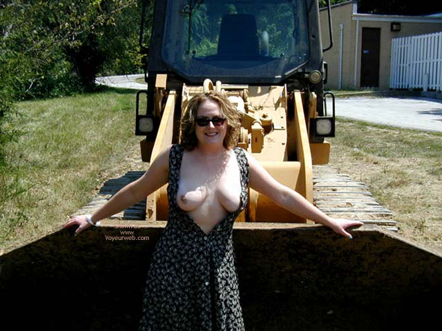 Pic #1 Little1 Likes Big Tools