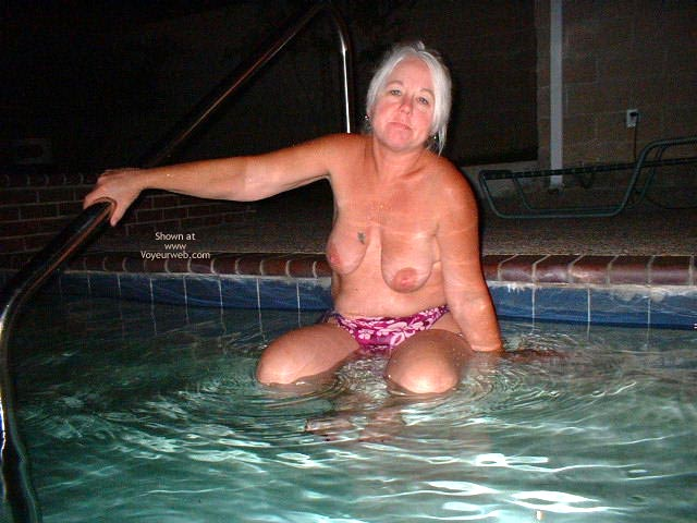 Pic #1 Tammy Having Fun At The Pool