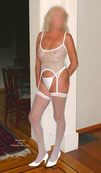 Pic #1 Scarlet In White