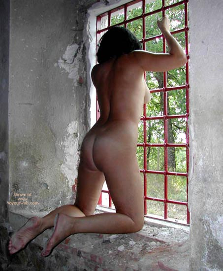 Pic #1 Pompy Naked Prisonner