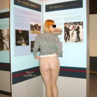 Flashing Ass In Museum , Flashing Ass In Museum