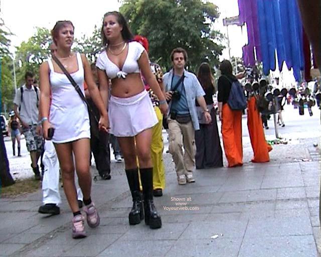 Pic #1 *GG Loveparade 2001 In Berlin 8