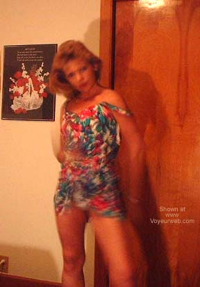 Pic #1 Hot Cindy