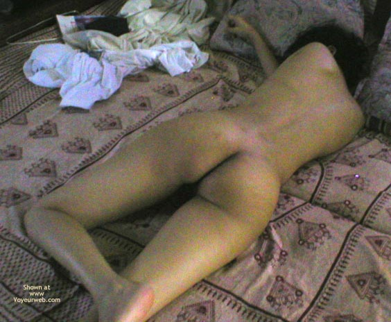 Pic #1 Shy Indian Wife