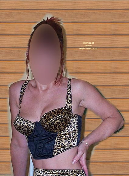 Pic #1 Cindy En Leopard