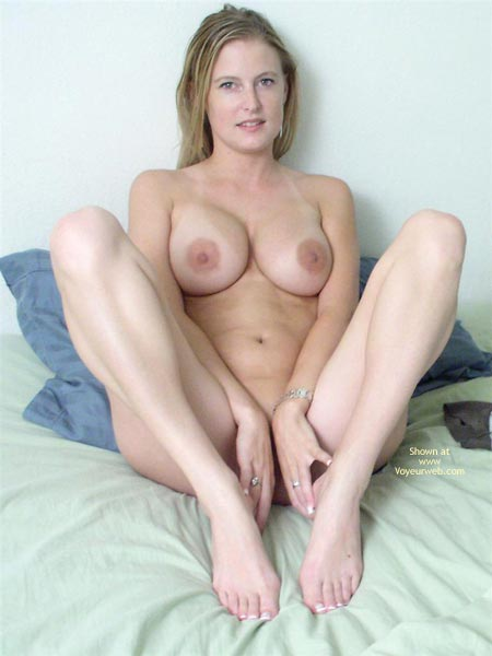 Big Tits Large Nipples Nude - Looking At The Camera, Naked Girl, Nude Amateur , Big Tits Large Nipples Nude, Blonde Wife, Relaxed  Naked, Looking At Camera