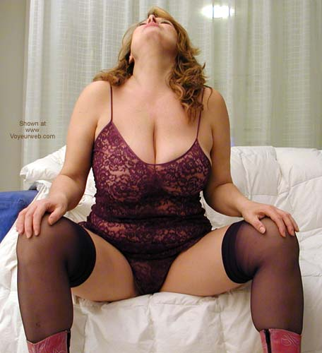 Pic #1 Dafne Too Sexy With Purple Lingerie