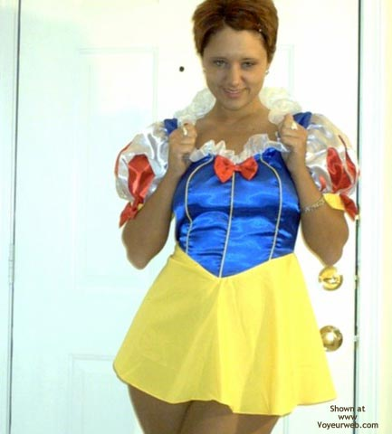 Pic #1 Georgia Girl As Snow White