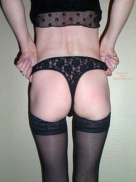 Pic #1 UK_Petite40yo_4BlackUndies