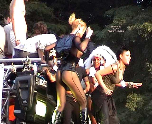 Pic #1 LoveParade 2001 In Berlin 48