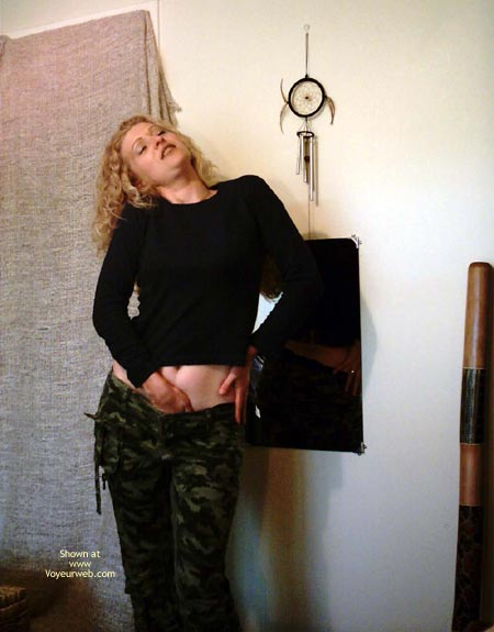 Pic #1 Cant Stay In Her Camo,S