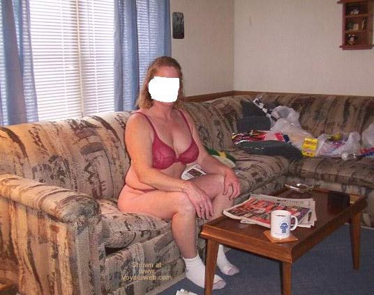 Pic #1 Hot Wifes 1st Time