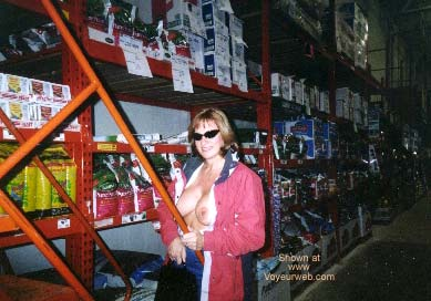 Pic #1 Discount Store Shopping Fun 2