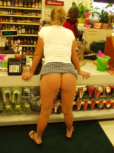 Pic #1Shopping with Honey