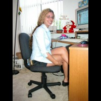 *PA Nikki Working On Her Site!