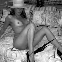 Tawny Black & White