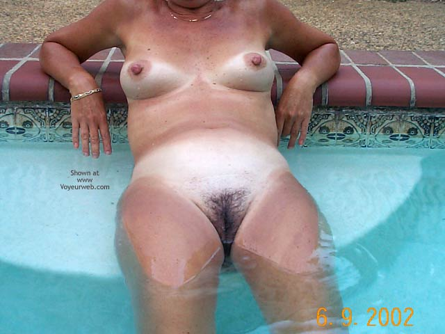 Pic #1 Backyard Girl Goes Swimming