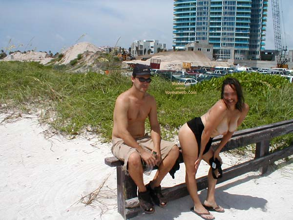 Pic #1 Miami Latina still nude in Public 1