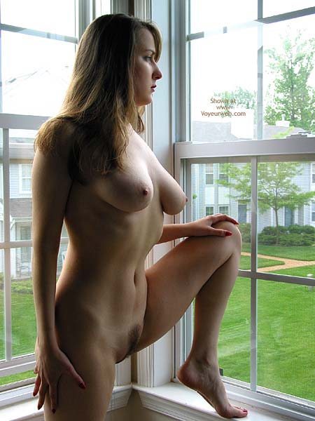 Pic #1 VW_Laura by The Window 2