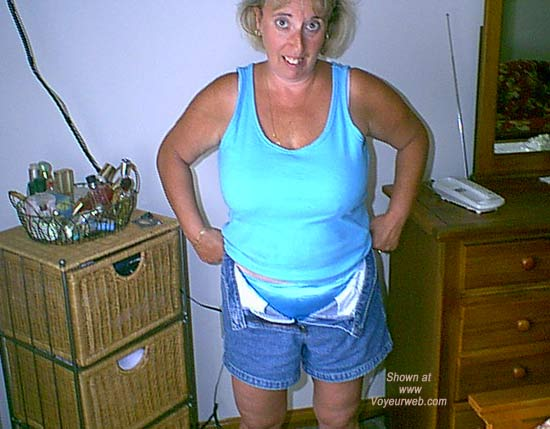 Pic #1Mature NH Wife 4 Others