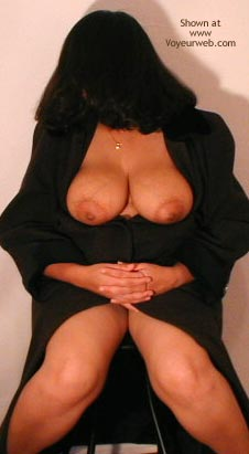 Pic #1 Busty Indian Mom