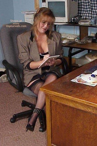 Pic #1 Sara Aims to Please!
