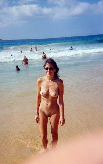 Pic #1 *NE Beach Romp