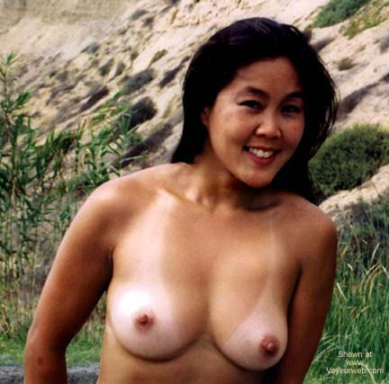 Pic #1 Asian GF Lani Nude at Blacks Beach 2