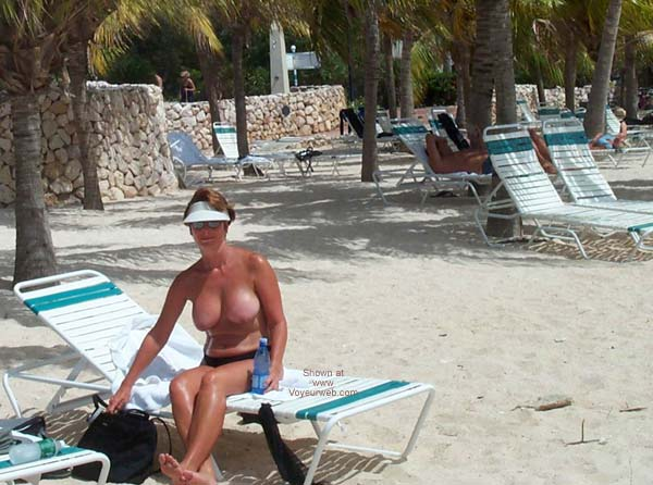 Pic #1 Renee on Vacation From P&P