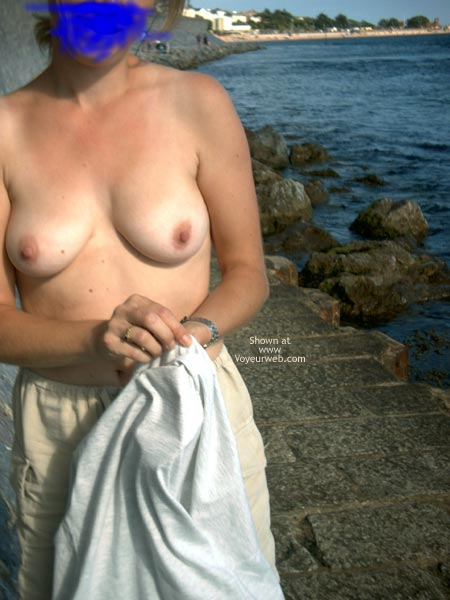 Pic #1 Flasher Wife UK