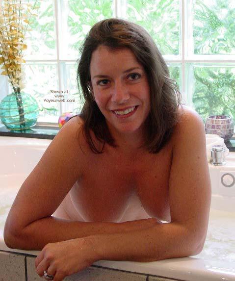 Pic #1 Erica's Bathtime