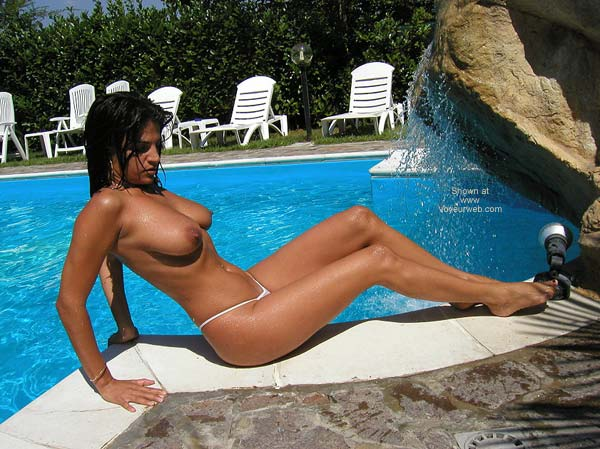 Pic #1 Vanessa - The Swimming Pool