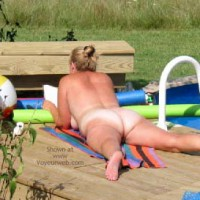 Pic #1 *NT Sexy 40's Wife at Pool