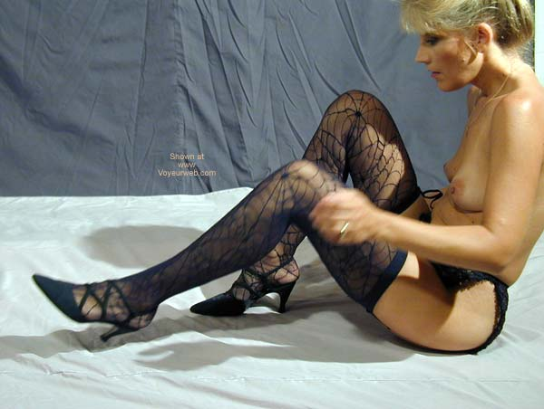 Pic #1 TL Tries On Some New Stockings